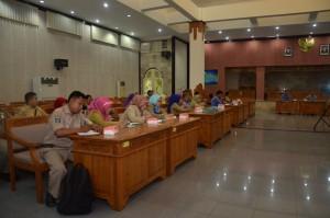 Penyelenggaraan Bimtek Pelayanan Administrasi Terpadu (PATEN) Kecamatan di LOmbok Barat, Selasa (10-11 Novemeber 2015) lalu dihajatkan bagi peningkatan kualitas pelayanan publik di Kecamatan (4)