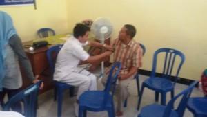 Sosialisasi bentuk pelayanan Puskesmas Inklusi di Puskesmas Labuapi sekaligus Pelayanan Kesehatan baagi Penyandang Difabel oleh Puskesmas Labuapi di Kantor Desa Bagik Polak beberapa waktu lalu (7)
