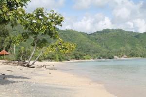 keindahan pantai sekotong untuk foto sang penjaga pantai sekotong (3)
