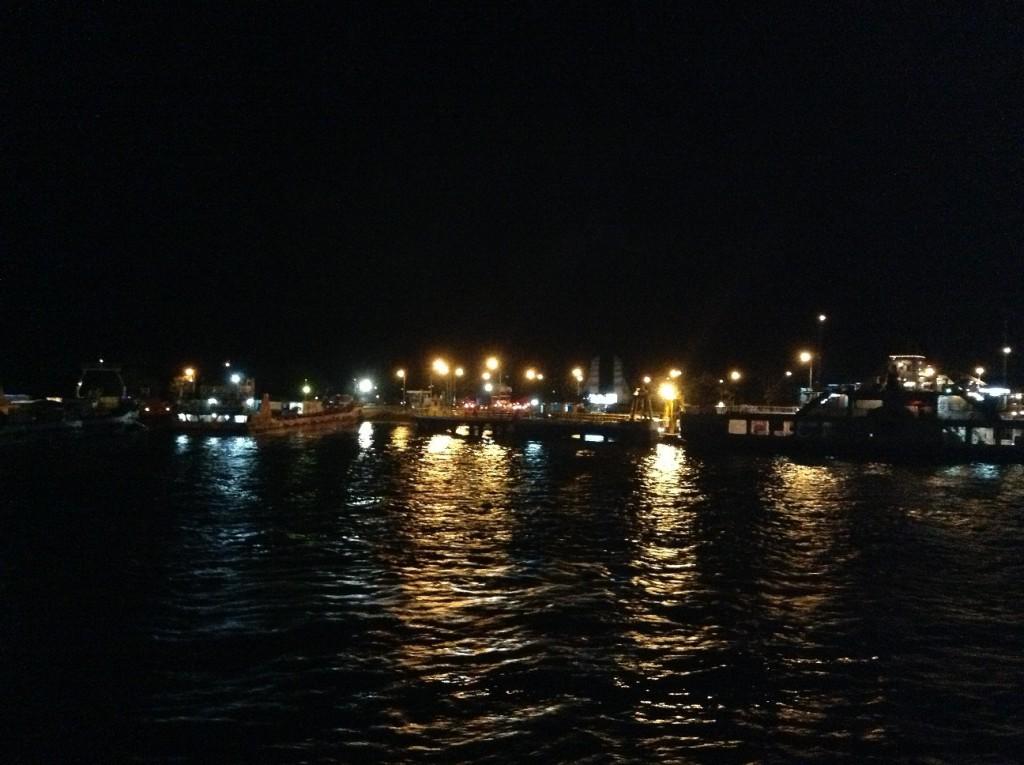 Pesona Malam di Pantai Senggigi