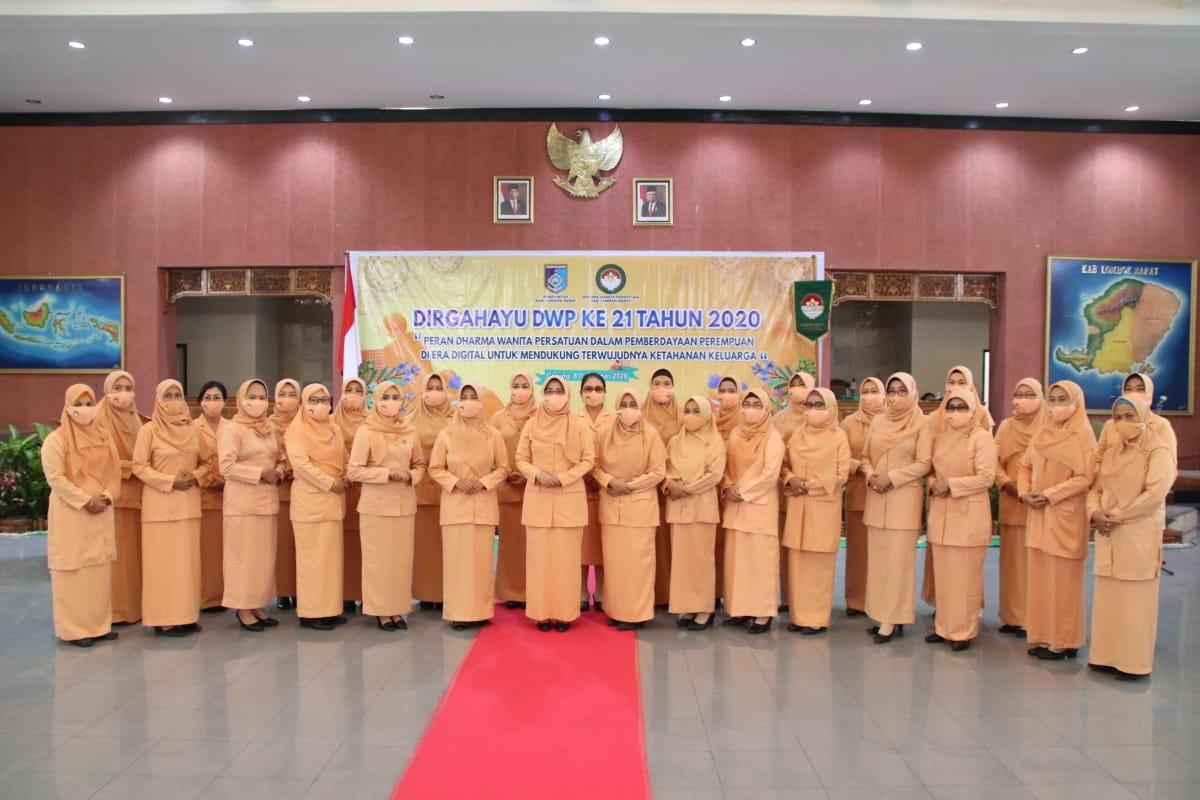 Peringatan Hari Jadi Dharma Wanita Persatuan Dwp Ke 21 Tahun 2020 Dukung Pemberdayaan Perempuan Di Era Digital Kabupaten Lombok Barat